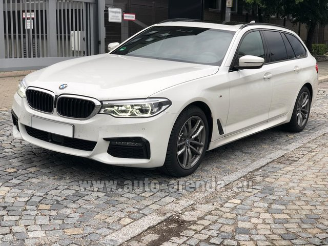 Rental BMW 520d xDrive Touring M equipment in Glasgow
