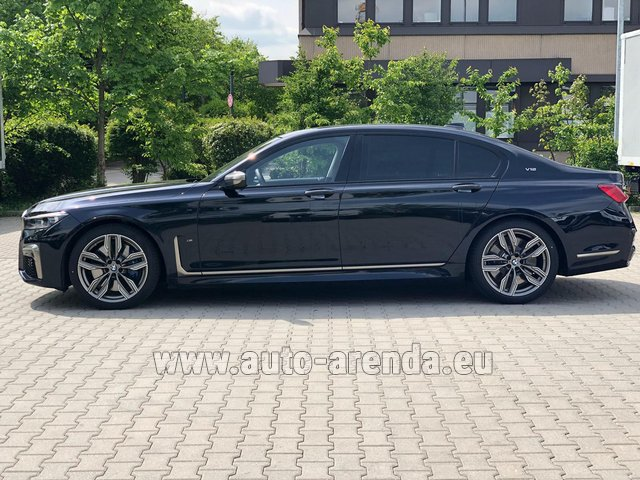 Rental BMW M760Li xDrive V12 in Great Britain