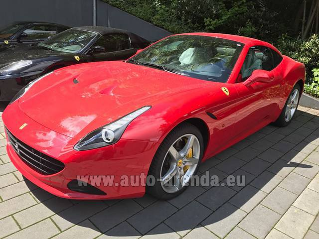 Rental Ferrari California T Cabrio Red in Heathrow