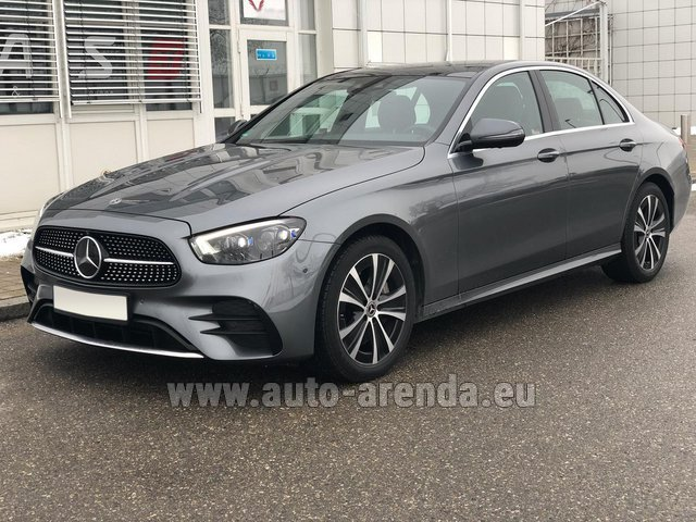 Rental Mercedes-Benz E400d 4MATIC AMG equipment in Luton