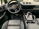 Rent-a-car Porsche Cayenne Turbo V8 550 hp in London, photo 6