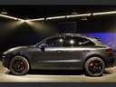 Rent-a-car Porsche Macan Turbo Performance Package LED Sportabgas in Great Britain, photo 9