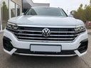 Rent-a-car Volkswagen Touareg 3.0 TDI R-Line in London, photo 7
